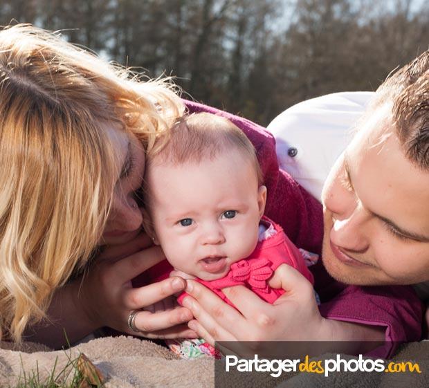 Créer un blog maman sécurisé permet de partager des photos avec ses proches