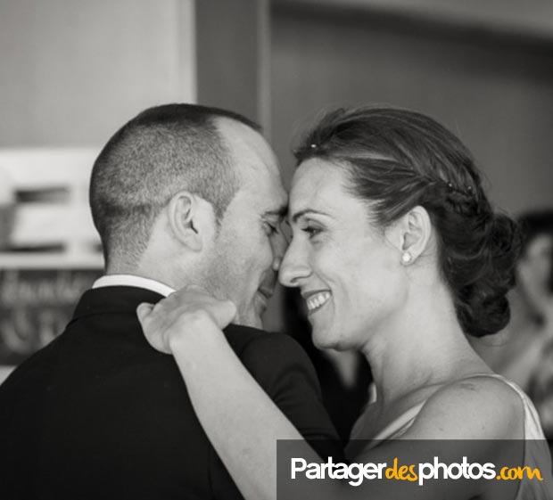 Pour partager des photos de son mariage, mieux vaut choisir une plateforme sécurisée