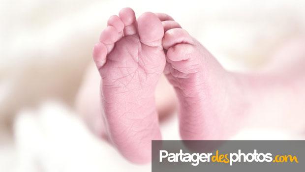 Bébé est né ? Partagez les photos seulement avec vos proches