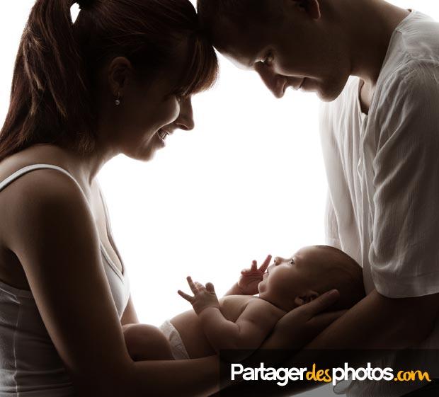Partager la naissance de son bébé, de façon sécurisée, à distance avec sa famille éloignée ou avec ses proches