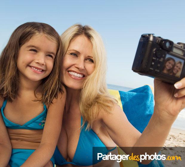 Donner des nouvelles depuis l'étranger est important : créer son espace expatrié sécurisé permet de partager des photos et des vidéos en toute sécurité avec ses proches