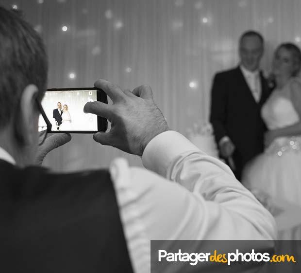 Un site mariage sécurisé permet de partager photos et vidéos en toute sécurité avec vos proches
