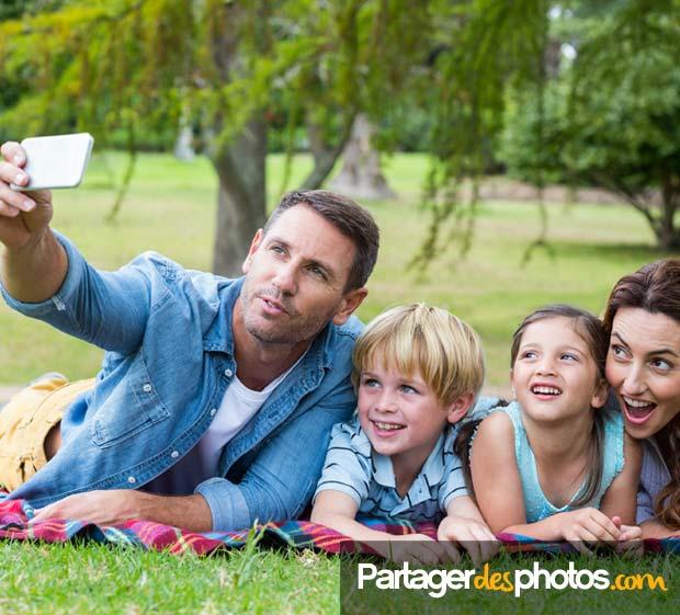 Pour partager des photos de sa famille, de ses enfants ou de ses proches, évitez les réseaux sociaux ainsi que les sites non sécurisés.