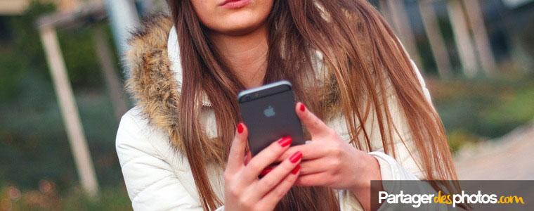 La loi européenne plafonne aussi le coût des SMS envoyés à 6 centimes. Concernant la réception des SMS, cela restera gratuit.