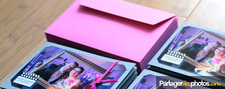 N'oubliez pas de choisir un modèle d'enveloppe adapté à vos cartes de remerciements