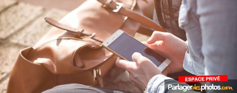 Un carnet de voyage en ligne sécurisé pour partager en toute sécurité avec ses proches